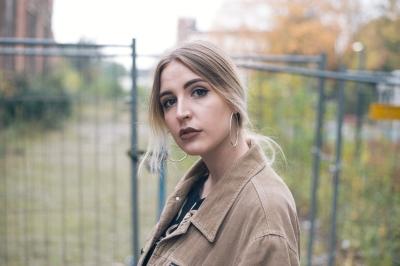 beigecord-face